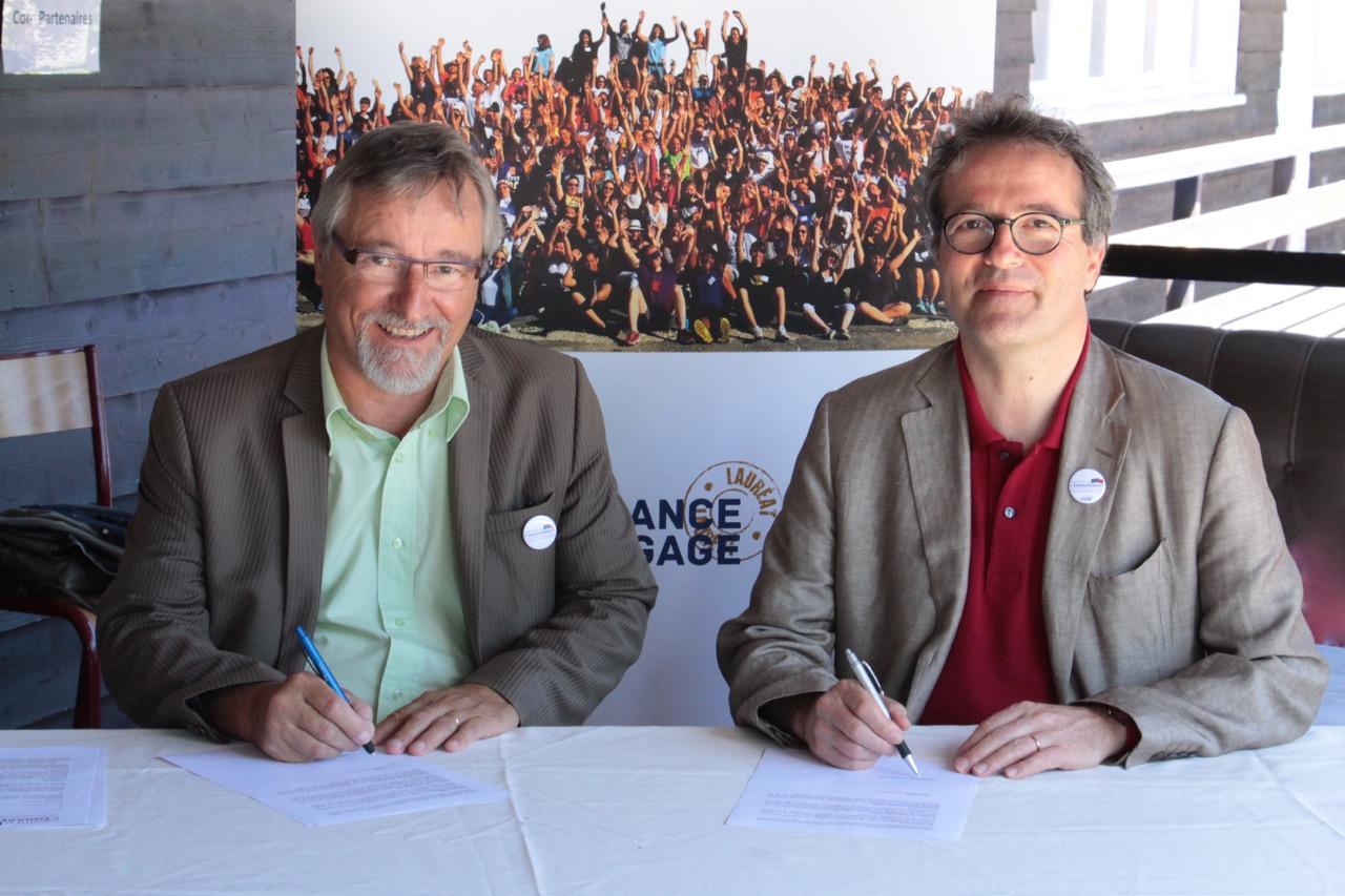 Signature-Arobase-1